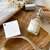 Vychutnajte si sviežu vôňu čistej bielizne s kvetinovými a aromatickými tónmi. Durance vôňa na vankúš je hmla, ktorá pustí závoj vône a mäkkosti na vašu bielizeň. Doprajte si pohodlie a jemnú vôňu pre sladké noci plné snov.  #durance #durancefrance #provence #home #interior