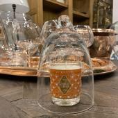 Cannelle Orange - Oranžová kytica z konope s parfémom z oranžového ovocia doplnená o trstinový strmeň, klinčekový prsteň a škoricu - toto spojenie vôní pôsobí na zmysly priam návykovo. Cena: 9,99€  #durance#durancecubicon #durancecosmetic.sk#galeriacubicon#bratislava#cubiconbratislava #otvorene#prirodneprodukty #drogeria#eshoping#sviečka #svetlosviecky #candlelover #candle#candlelight#orange##fruity#fresh handcrafted#noparafins naturelover💚 #natural #madeinfrance🇫🇷 #provence #grignan#france🇨🇵