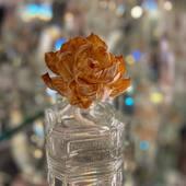 Durance aroma difuzery s ozdobným kvetom. 100ml vônneho oleja v čírom skle nádherne prevonia vašu domácnosť 🤍. Cena: 25,90€ #durance #durancecosmetics #france #galericubicon #occubicon #bratislava #prirodneprodukty #difusor #parfum #flower #home #intoriordesign